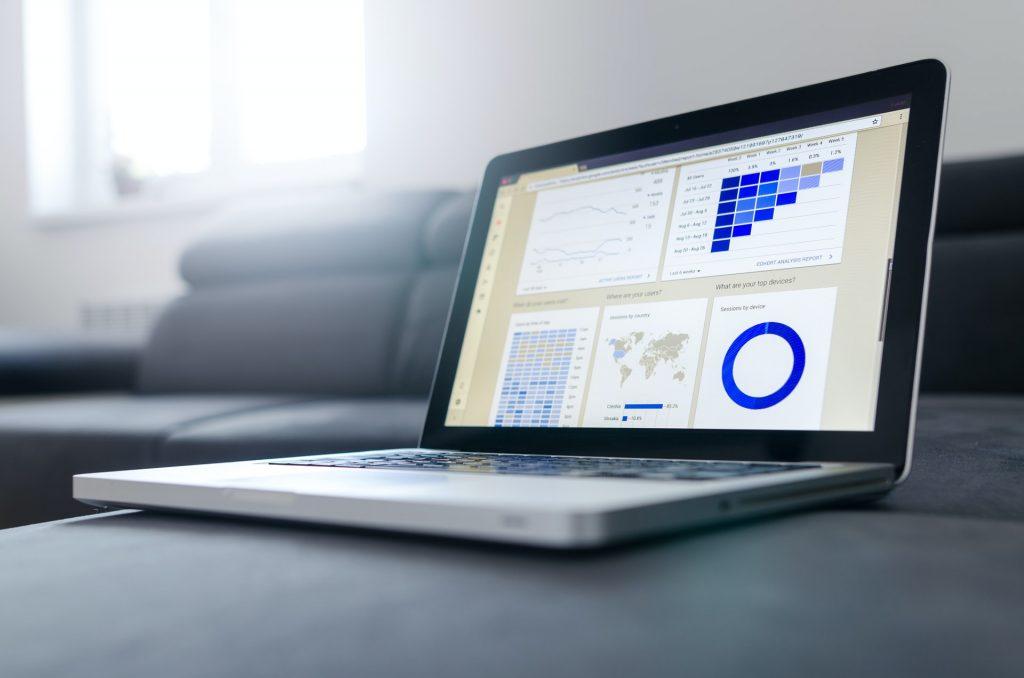 Perché avere un sito web: analizzare e tracciare i dati